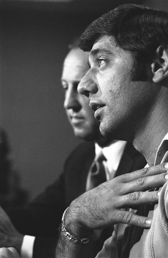 This Date in Football: The Unretirement of Joe Namath