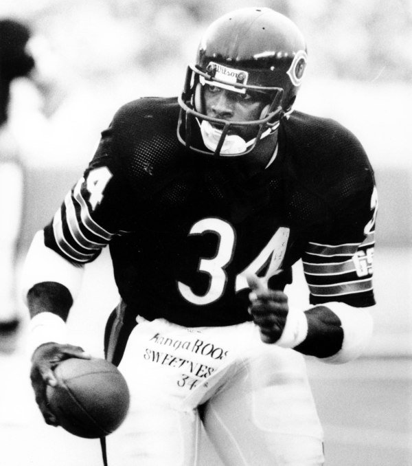 This Day in Football: Walter Payton was born