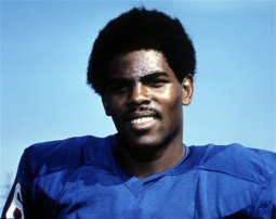 TDIF: Marlin Briscoe Becomes First Black QB to Start in NFL History