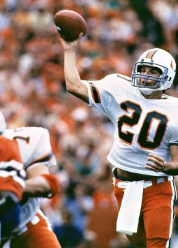 """""""Caught in The Draft"""" – Bernie Kosar and the '85Loophole"""